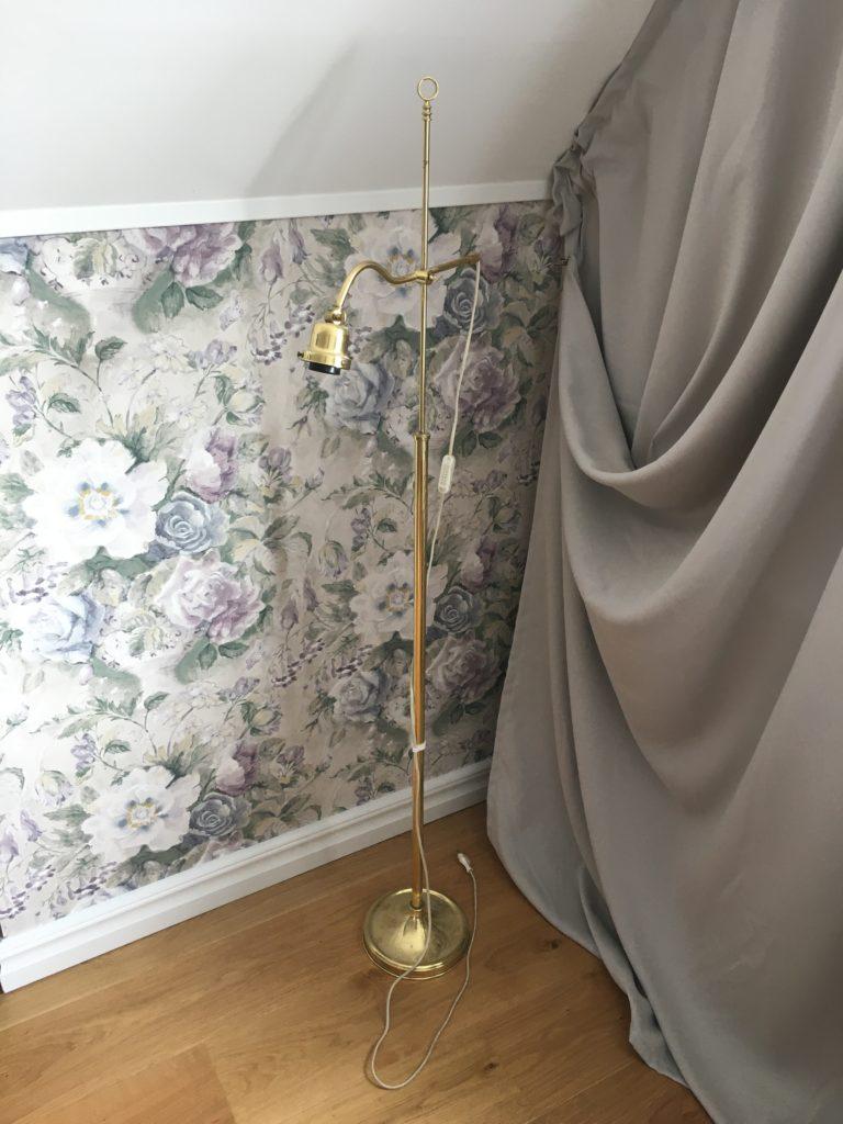 Golvlampa från Konsthus
