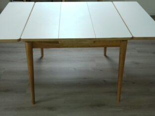 Matbord 4 stolar